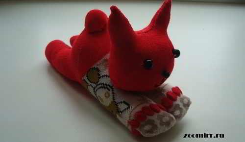 Котенок из носков