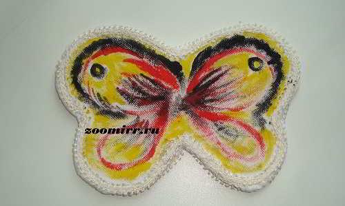 Раскрашиваем крылья бабочки