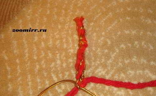 Плетем шнурок