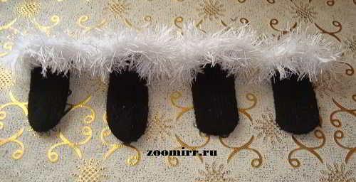 Вязаные носочки для собак